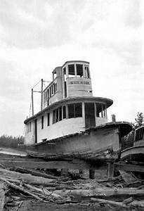 Steamboats Of The Upper Columbia And Kootenay Rivers
