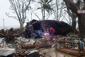 'Disaster' in Vanuatu After Cyclone Pam Tears Through ...