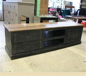 Meuble Salon Noir : meubles tv et tables de salon ~ Teatrodelosmanantiales.com Idées de Décoration