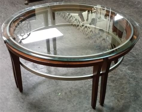 """40 to 59 inches (31). UHURU FURNITURE & COLLECTIBLES: SOLD 40"""" Diameter Modern ..."""