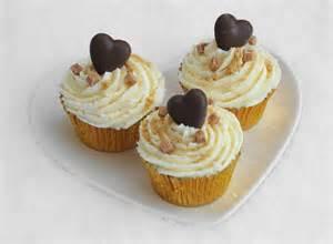 cupcake design indulgent vanilla cupcakes cupcake ideas for you