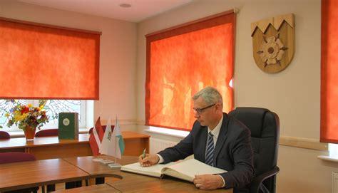 Izglītības un zinātnes ministrs viesojas Tukuma novadā