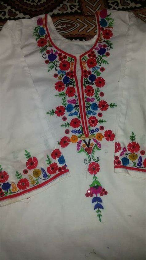 hand embroidery dress image  shaheen zehra  embroidery