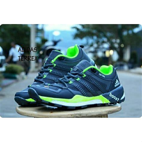 Harga Adidas Boost Original jual sepatu sport casual pria adidas terrex boost original