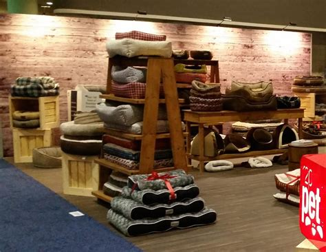Amazing Retail Spaces on Pinterest   Retail, Retail Fixtures and Rustic Wood