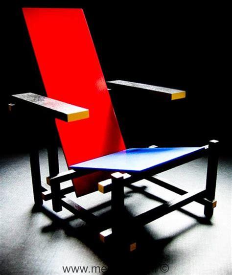 la chaise et bleu de gerrit rietveld chaise 171 bleu 187 par gerrit rietveld meuble design