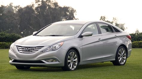 The high pressure fuel pipe that connects to the fuel pump outlet may have been damaged, misaligned. 2011 Hyundai Sonata door latch recall gets official - Autoblog