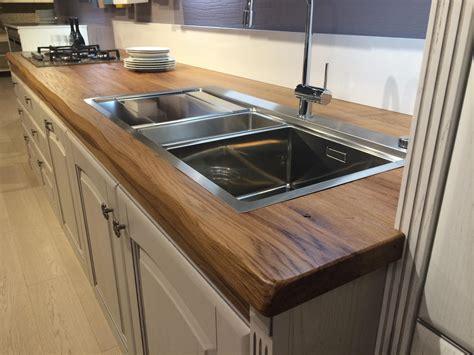 plan travaille cuisine cuisine plan travail bois plan de travail en bambou pourquoi choisir une cuisine avec plan de