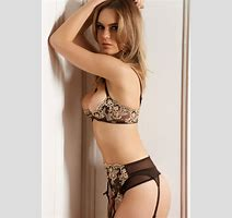 Quarter Cup Lingerie From France