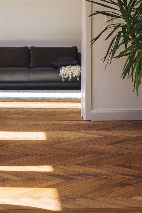 laminate flooring   multi colored living room decor