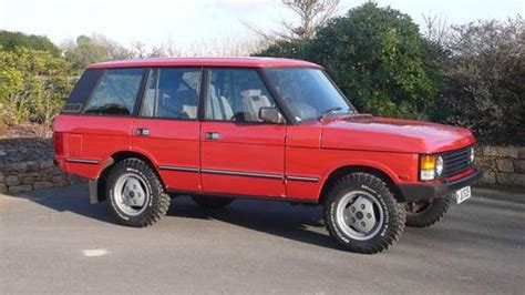 red land rover old 1989 range rover classic 3 5 efi vogue auto sold car and