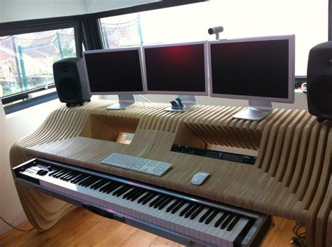 bureau studio musique my plywood studio desk by richard stump design