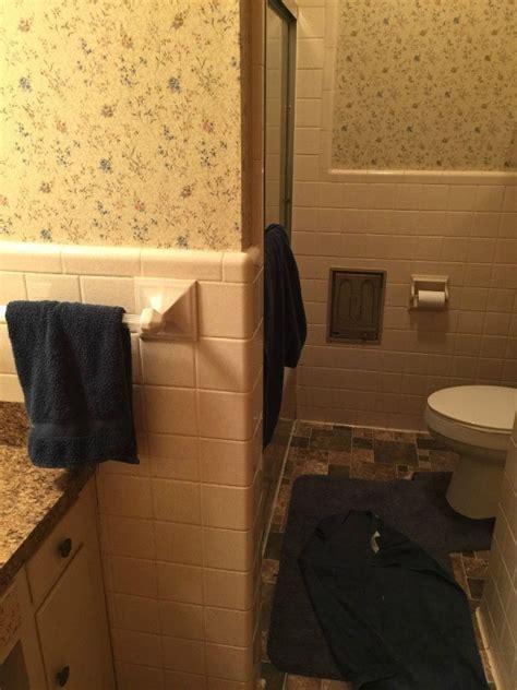 Bathroom Paint Color Advice   ThriftyFun