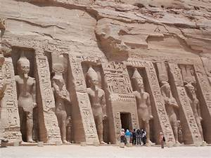 File:Nefertari Temple Abu Simbel May 30 2007.jpg - Wikipedia