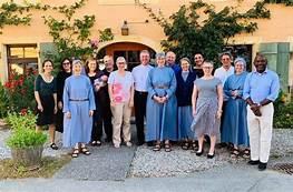 El grupo internacional con miembros de la Comunidad de Grandchamp