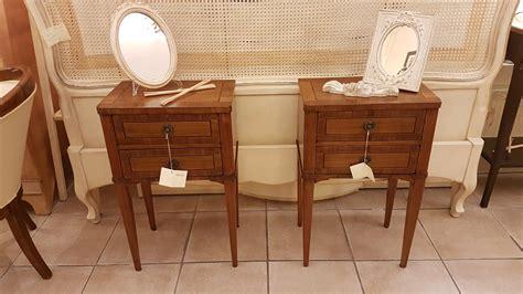 tavolini comodini arredamento contemporaneo mobili country su misura siena