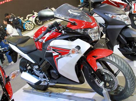 cbr 150r red colour price honda cbr 150r 2012 launched in india specification and