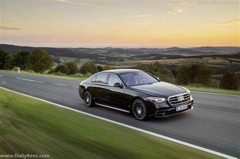 The mbux display has 50% faster processing power. 2021 Mercedes-Benz S-Class PHEV - Dailyrevs