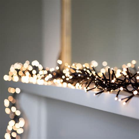 ways   simply stylish christmas fairy lights fun