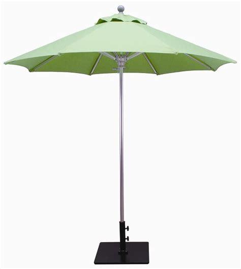 galtech 3 5x7 half wall commercial patio umbrella