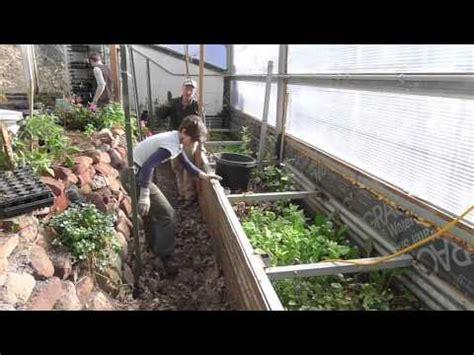 Backyard Worm Farm by Crmpi Build A Worm Farm In Your Pathways