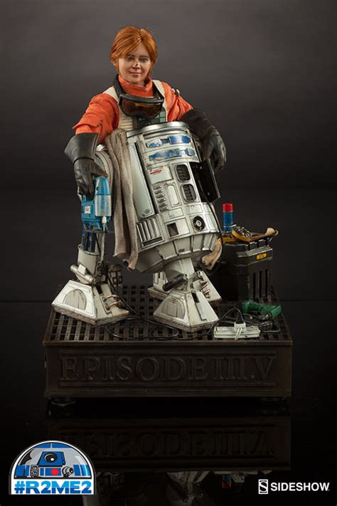 Cool Stuff: Sideshow Collectibles' R2-Me2 Exhibit