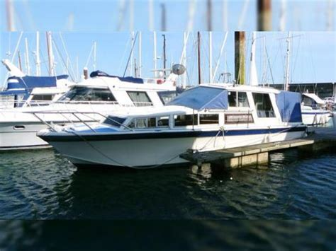 Freeman 33 Boats For Sale by Freeman 33 Sedan For Sale Daily Boats Buy Review