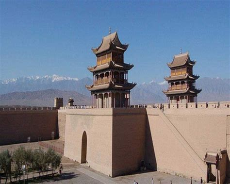 jiayuguan fort jiayuguan pass jiayu pass  great wall gansu