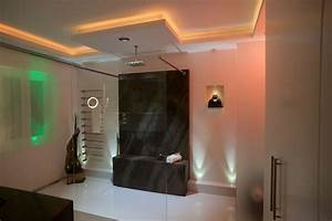 Indirektes Licht Im Badezimmer : lichtgestaltung im bad planungswelten ~ Sanjose-hotels-ca.com Haus und Dekorationen