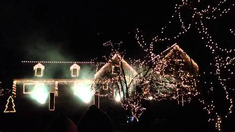 crazy christmas light show wall nj 2012 amazing music