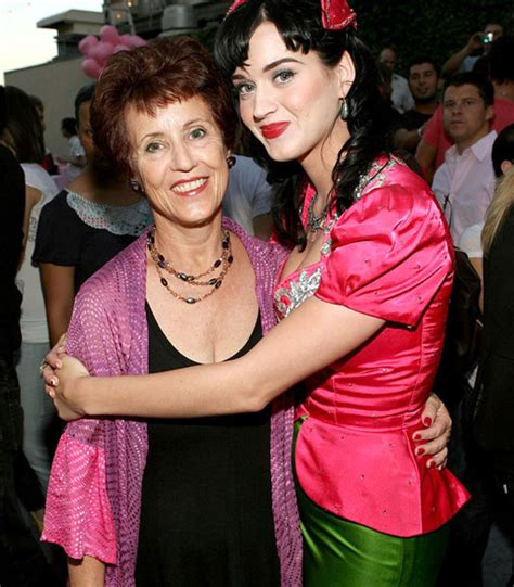 Katy Perry's Mom Finding It Hard To Deal With Her Daughter