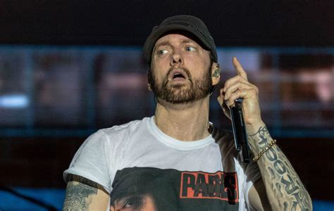 Eminem Says Aaf Players Should Be Allowed To Fight During