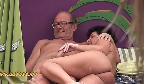 beach voyeur mature couples have sex 2 long xxx