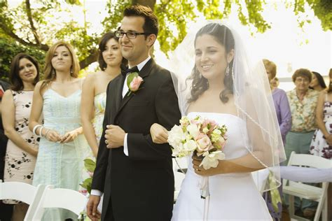 four common wedding ceremony songs to avoid