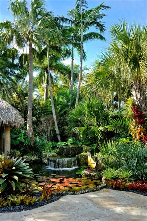 jones residence tropical landscape miami  craig