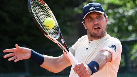 Alexander zverev is a german professional tennis player. ATP Cincinnati: Mischa Zverev gewinnt Erstrundenmatch ...