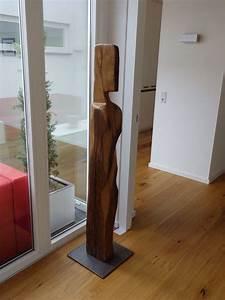 Skulpturen Aus Holz : w chter aus bis zu 400 jahre alten eichebalken holzskulpturen holz holzskulpturen und ~ Frokenaadalensverden.com Haus und Dekorationen