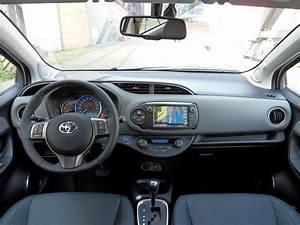 Essai vidéo Toyota Yaris restylée : pas que de la gueule