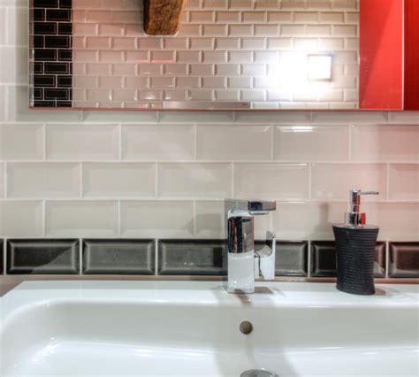 cr馘ence en miroir pour cuisine stunning carrelage metro gallery matkin info matkin info