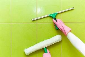 Fenster Putzen Essigreiniger : kalk von der duschwand entfernen so gelingt 39 s ~ Whattoseeinmadrid.com Haus und Dekorationen