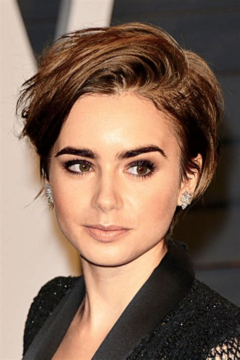 cute short hairstyle  haircut ideas worth chopping  hair   winter glamour