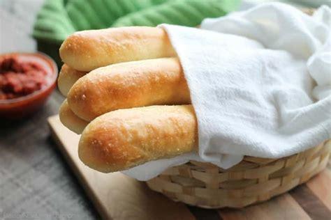 olive garden breadstick recipe olive garden breadsticks recipe dessert now dinner later