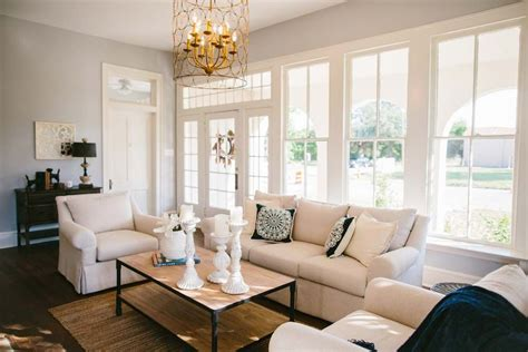 Joanna Gaines Fixer Living Room by Fixer Living Rooms Fixer Living Room And