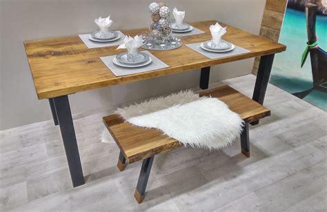 table de cuisine en pin table de cuisine rustika en bois métal table à dîner