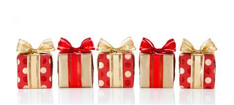 7 Unisex Gifts That Always Work