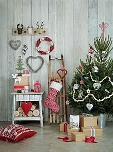 Weihnachtsbaum Rot Weiß : 38 weihnachtsdeko ideen mit skandinavischem flair ~ Yasmunasinghe.com Haus und Dekorationen