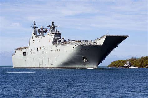 HMAS Canberra L02 landing helicopter dock in 2020 | Royal ...