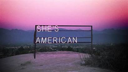 1975 Wallpapers She American
