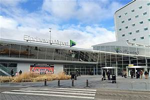 Le Bon Coin Parking Aeroport Nantes : parking a roport eindhoven ein comparer et r server parkos ~ Medecine-chirurgie-esthetiques.com Avis de Voitures