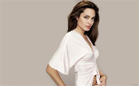 Hollywood Actress Angelina Jolie Sexy Wallpapers - All HD ...